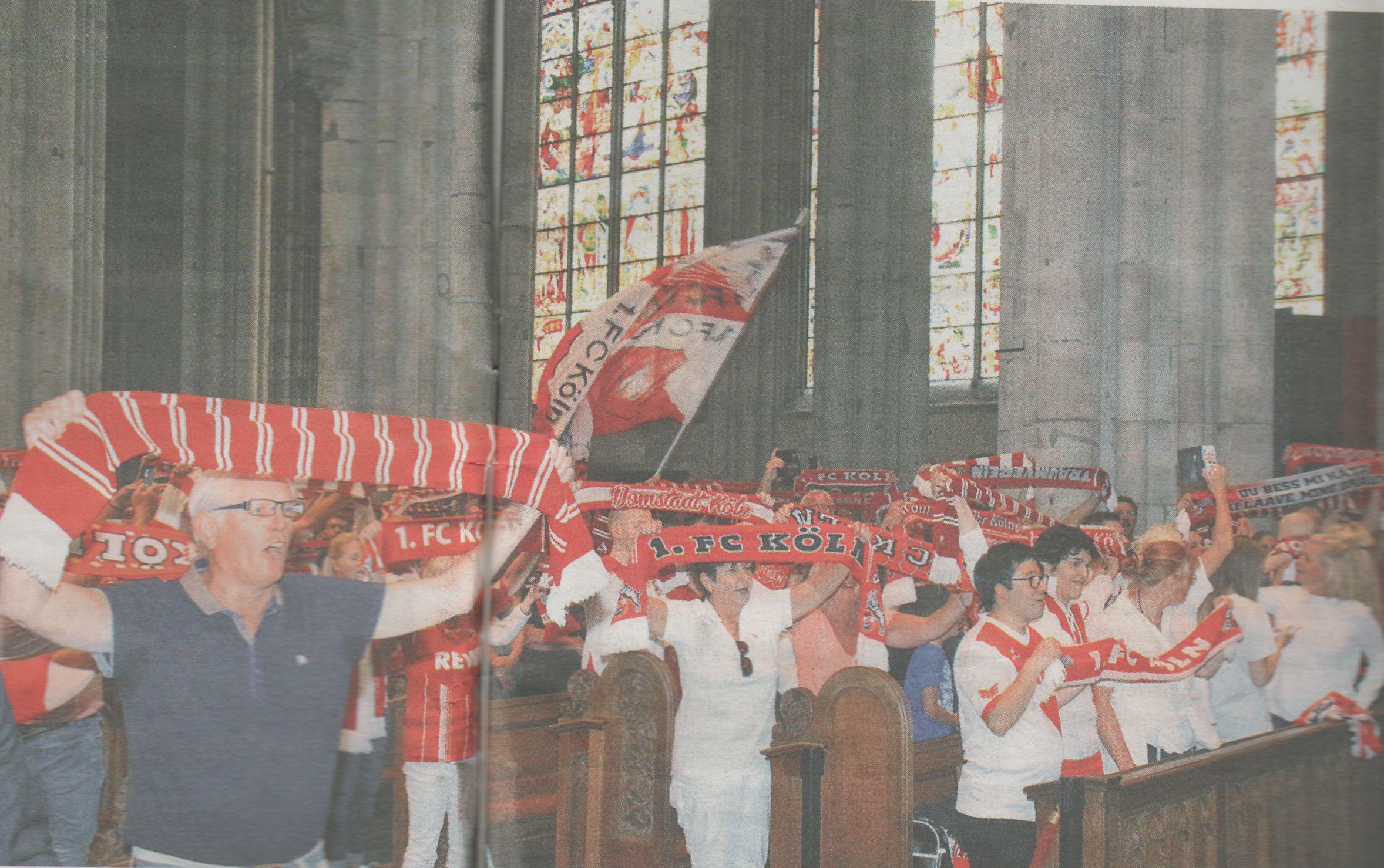 Oekunemische Fussball Andacht im Koelner Dom